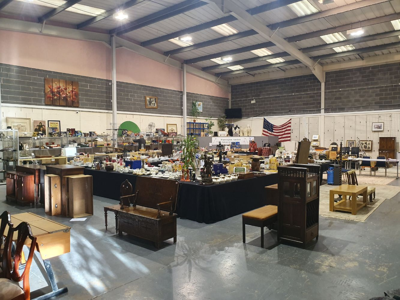 10am START - The Antiques & Collectables Sale *** 3PM Start at lot 501 for Furniture & Pictures ***