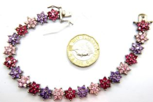 925 silver stone set bracelet with inlaid star design. P&P Group 1 (£14+VAT for the first lot and £