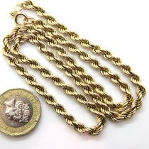9ct gold rope twist chain, L: 40 cm, 9.4g. P&P Group 1 (£14+VAT for the first lot and £1+VAT for