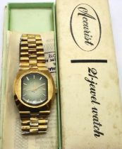 Accurist; gents vintage wristwatch. working at lotting up. P&P Group 1 (£14+VAT for the first lot