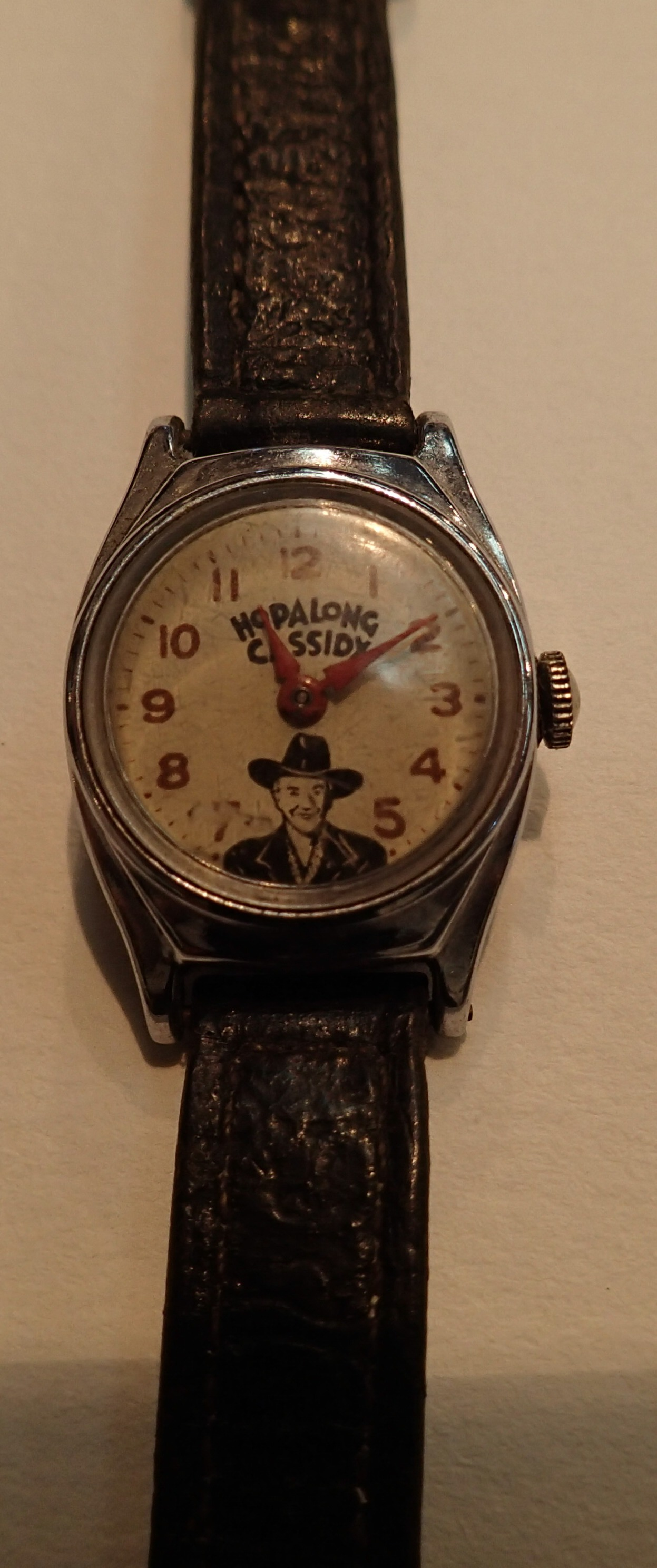 Hopalong Cassidy wristwatch with original strap, does not work. P&P Group 1 (£14+VAT for the first