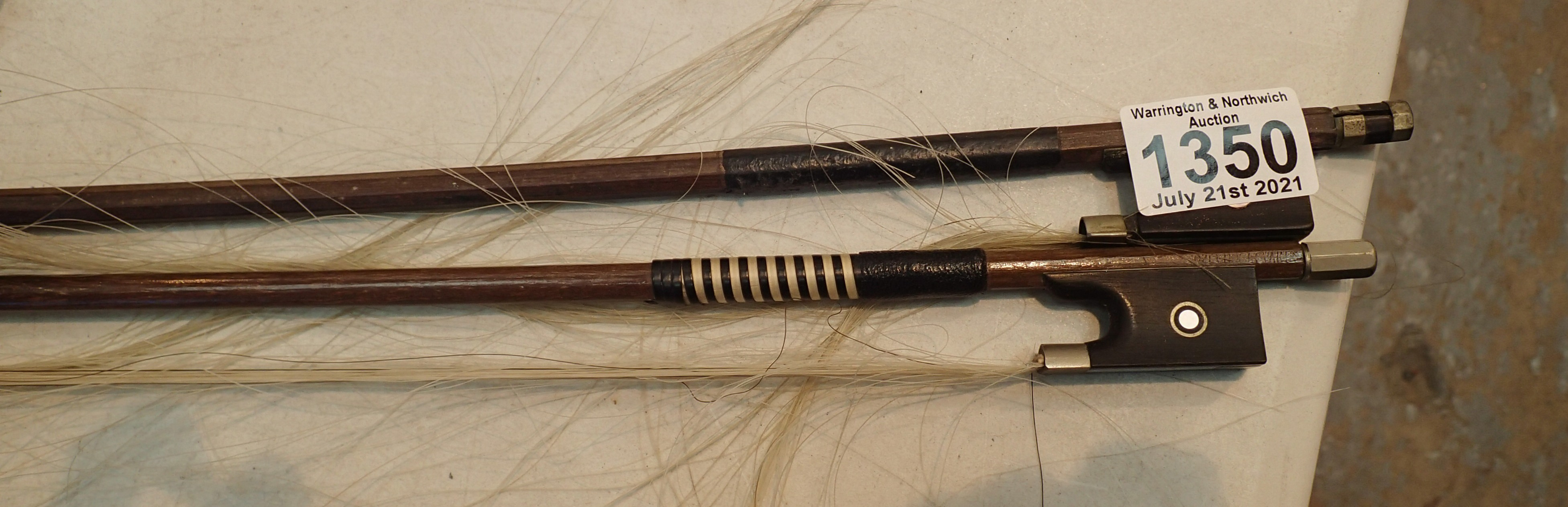 Two antique violin bows, unnamed. P&P Group 2 (£18+VAT for the first lot and £3+VAT for subsequent