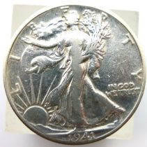 1941 USA Liberty half dollar. P&P Group 1 (£14+VAT for the first lot and £1+VAT for subsequent lots)