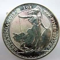 2019 999 silver Brittania bullion 1oz round. P&P Group 1 (£14+VAT for the first lot and £1+VAT for