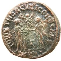 Roman Bronze Follis - Maximianus with Victories Facing. P&P Group 1 (£14+VAT for the first lot
