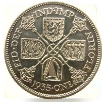 1935 florin of George V. P&P Group 1 (£14+VAT for the first lot and £1+VAT for subsequent lots)