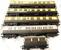 Five Hornby G.W.R. coaches, including four wheel examples mostly in very good condition, unboxed,