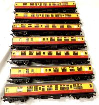 Seven Hornby Carmine/Cream coaches, in very good condition, unboxed, requires cleaning. P&P Group