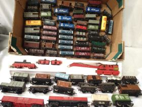 Approximately 65x unboxed OO wagons, various makes and types including crane, mostly in fair to good