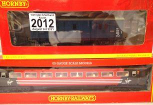 Hornby R4081 Virgin MK3 Coach, plus R4467 Passenger Brake Van S751 both very good - excellent