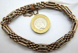 Edwardian 9ct rose gold turquoise set gate bracelet, L: 19 cm , 15.8g. P&P Group 1 (£14+VAT for