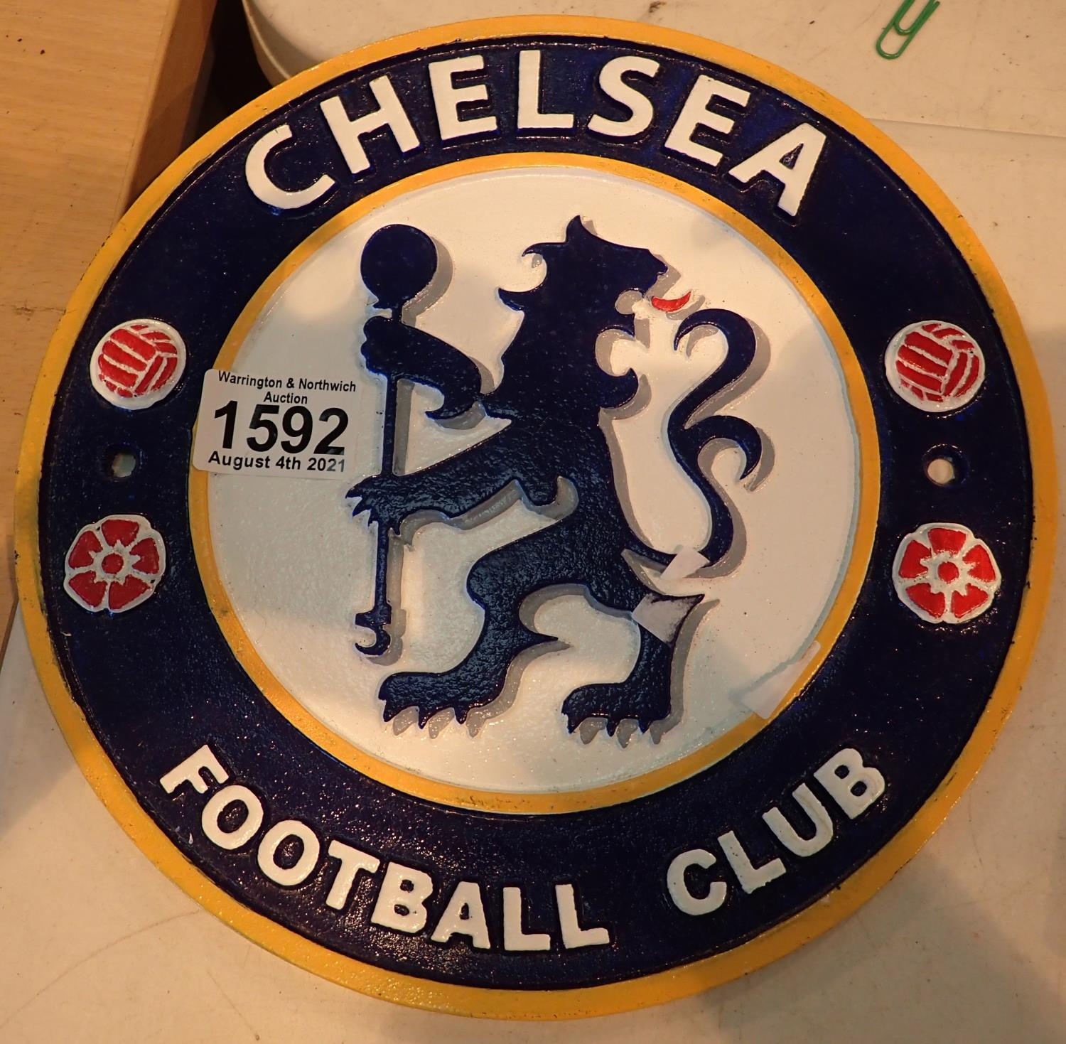 Cast iron Chelsea Football Club sign, D: 25 cm. P&P Group 2 (£18+VAT for the first lot and £3+VAT