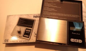 Boxed digital professional mini jewellery scales. P&P Group 1 (£14+VAT for the first lot and £1+