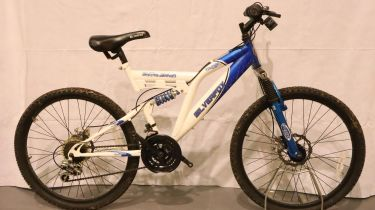 Silverfox Thunderbolt 18 gear dual disc 17 inch frame trail bike. Not available for in-house P&P,