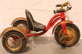 Schwinn vintage childs tricycle (needs restoration). Not available for in-house P&P, contact Paul