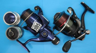 Two fishing reels Preston Innovations Inception 3000 and an Electron Blue 400 (missing winding arm),