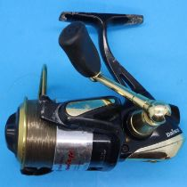 Daiwa Advantage Air Bail fishing reel 2503. P&P Group 2 (£18+VAT for the first lot and £3+VAT for