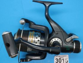 Carp Kinetic Free Cast 500 fishing reel. P&P Group 2 (£18+VAT for the first lot and £3+VAT for