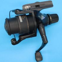 Shimano XT-7 Aero Match II fishing reel. P&P Group 2 (£18+VAT for the first lot and £3+VAT for