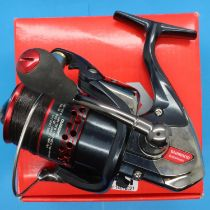 Shimano Aernos 4000 FA fishing reel. P&P Group 2 (£18+VAT for the first lot and £3+VAT for