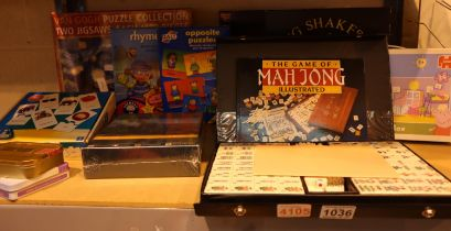 Collection of mixed games including a boxed Mahjong set. Not available for in-house P&P, contact