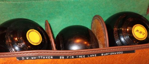 Cased set of bowls with jack. Not available for in-house P&P, contact Paul O'Hea at Mailboxes on