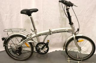 Ventura X Stowaway folding shopper bike five gears, 12 inch frame. Not available for in-house P&P,
