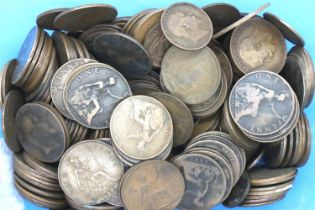 A collection of British coins, mostly copper denominations, Queen Victoria - George VI. P&P Group