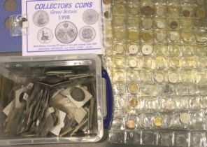 Large collection of British and world coins, predominantly 20th century. P&P Group 3 (£25+VAT for