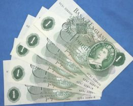 Five 1970 British £1 notes, consecutive numbers, uncirculated, JB Page. P&P Group 1 (£14+VAT for the