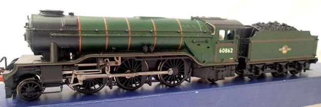 Bachmann V2. 60862, BR Green, Late Crest, in very good to excellent condition, DCC fitted no. 2,