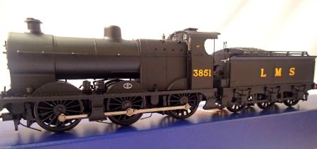 Bachmann 31-880 Class 4F, LMS Black, 3851 in very near mint condition, boxed. P&P Group 1 (£14+VAT