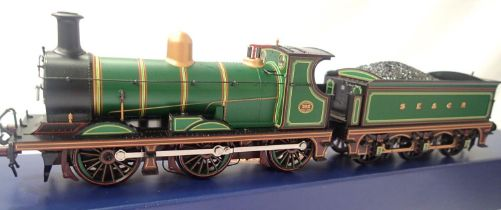 Bachmann 31-460 C Class, 592, SE & CR Green, in very near mint condition, boxed. P&P Group 1 (£14+