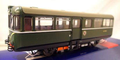 Heljan 88031, AC cars, Railbus, BR Green, speed whiskers, W79978, in very near mint condition,
