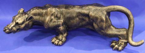 Large cast iron stalking jaguar, L: 41 cm. P&P Group 3 (£25+VAT for the first lot and £5+VAT for