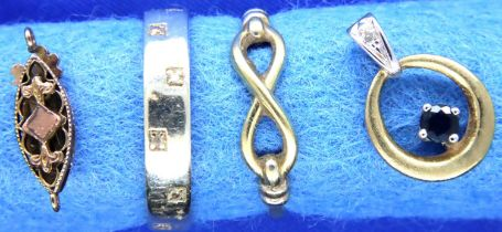 Two 9ct gold dress rings, necklace clasp and a sapphire set pendant, combined 5.9g. P&P Group 1 (£