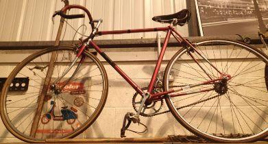"22"" mens single gear Carlton racing bike with flightdeck bars, original saddle, cup in pegs. Not"