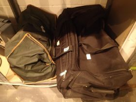 Large black holdall and zipped bag. Not available for in-house P&P, contact Paul O'Hea at