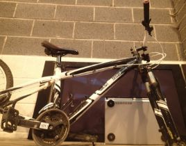 Specialized Hardrock 16'' bike frame only. Not available for in-house P&P, contact Paul O'Hea at