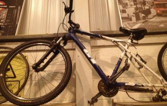 Twenty one inch frame mens twenty four geared GT Aggressor 3 mountain bike with Shimano V brakes,