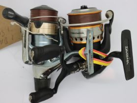 Daiwa fixed spool reel and a Shimano 2500 example. P&P Group 2 (£18+VAT for the first lot and £3+VAT
