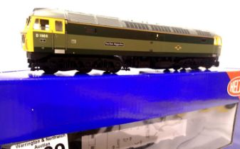 Heljan 4666, Class 47, Traction Magazine 4785/D1966 Heritage Green, in very near mint condition,