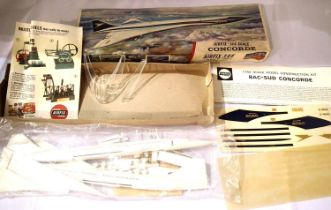 Airfix 1/44 scale kit of Concorde, complete in sealed bag, decals, instructions and stand, box