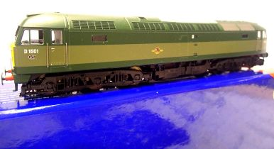 Heljan 47901, Class 47, D1501, BR Green, Late Crest, no paperwork, in excellent condition, boxed.