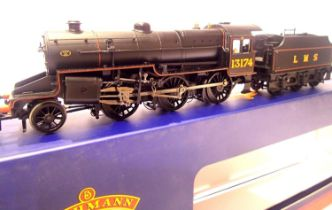 Bachmann 32-178A, Crab, 13174, LMS Black, in very near mint condition, boxed. P&P Group 1 (£14+VAT