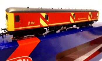 Heljan 89411, Class 128, Royal Mail red, 55995, in very near mint condition. P&P Group 1 (£14+VAT
