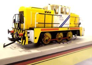 Oxford Rail GV2013, Janus 060 Diesel, British Steel Corporation M5 Yellow/White, in excellent to