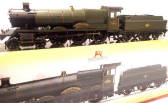 Hornby R3452 Grange Class 6825 Llanvair Grange, BR Green, Late Crest, in excellent to very near mint