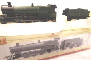 Hornby R2916 Y Class 2800, GWR Green, 2812, DCC Fitted, in very near mint condition, boxed. P&P