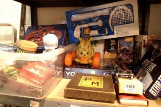Mixed vintage childrens toys including Star Trek Tactics, Thunderbirds, Overwatch Meka etc. Not